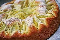 Rhabarberkuchen mit Eierlikör Rhubarb cake with eggnog, a nice cake recipe. Ratings: Average: Ø Rhubarb cake with eggsRhubarb cake with creamRhubarb cake with vanilla Fruit Recipes, Baking Recipes, Cake Recipes, Rhubarb Cake, Egg Recipes For Breakfast, Apple Desserts, Healthy Fruits, Savoury Cake, Clean Eating Snacks