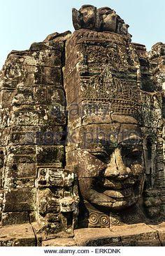face-of-bodhisattva-lokeshvara-bayon-temple-angkor-thom-siem-reap-erkdnk.jpg (347×540)