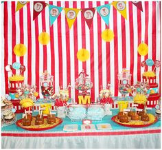 summer striped carnival party tablescape - definitely will need a triangle banner... back wall drape too?