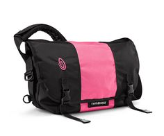XS Classic messenger in black with pink from Timbuk2