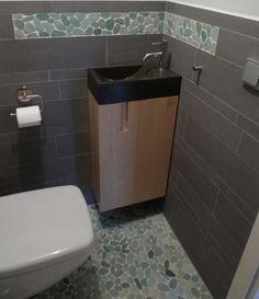 Toiletmeubel met opbergruimte wasbak en spiegel day van for Kastje onder wastafel toilet