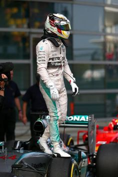Lewis Hamilton at the 2015 Formula One Grand Prix of China F1 Lewis Hamilton, Lewis Hamilton Formula 1, Mercedes Lewis, Mercedes Benz Amg, Real Champions, Chinese Grand Prix, Gp F1, Amg Petronas, Formula 1 Car