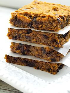 These Pumpkin Chocolate Chip Cookie Bars are gluten-free, dairy-free, and totally delicious.  Healthy dessert recipe!
