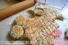 Feta sajtos-tejfölös-snidlinges pogácsa Feta, Bread, Chicken, Recipes, Brot, Baking, Breads, Ripped Recipes