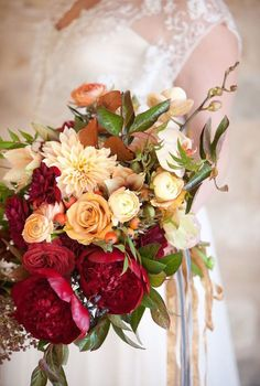 luxury wedding bouquet idea; photo: John & Joseph Photography
