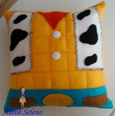 Cute Cushions, Cute Pillows, Diy Pillows, Throw Pillows, New Crafts, Diy Arts And Crafts, Crafts To Do, Toy Story Room, Toy Story Crafts