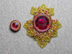 Large 27mm rivoli motif designed as a pendant for my Kathleen Marie set
