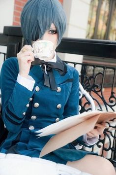 really good ciel cosplay aahhhhhhhhh!