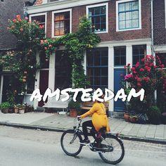 Доброе утро и сразу правильный ответ на фото - это был красивенный, цветущий воскресный Амстердам, Голландия  обязательные атрибуты на фото: стильные домики, много зелени и, конечно, велосипедисты, бесконечно спешащие по своими вело делам  // just came back from Amsterdam. Huge thanks to the lovely girls from there: @marikamori and @yulienick for showing me non touristic places! I'm totally in love with this city now ☺️