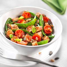Découvrez la recette Salade composée au tofu sur cuisineactuelle.fr.