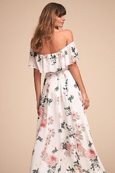 The stunning Carmen Dress by Yumi Kim. This ultra-flattering off-the-shoulder dress features a slide slit and the most romantic blooms. Beautiful bridesmaid dress for a bohemian style wedding. Spring Bridesmaid Dresses, Beautiful Bridesmaid Dresses, Bridesmaid Dress Colors, Floral Bridesmaids, Wedding Dresses, Pretty Dresses, Prom Dresses, Casual Dresses, Formal Dresses