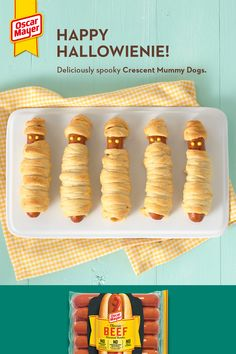 Mummify your hot dogs this Halloween with these fun Crescent Mummy Dogs! Take tasty beef franks, wrap them up in crescent dough and add a mustard smile for a treat the kids will love. These Crescent Mummy Dogs will be a hit at your next Halloween bash. Halloween Food For Party, Halloween Birthday, Halloween Kids, Halloween Treats, Holiday Treats, Holiday Fun, Holiday Recipes, Postres Halloween, Mummy Dogs