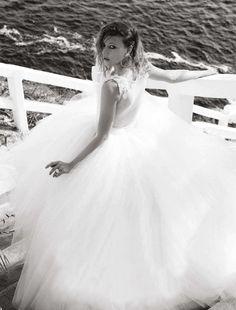 love this shot - grundgy bride