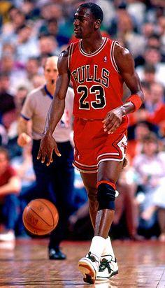 Get your Chicago Bulls gear today Jordan 23, Jeffrey Jordan, Michael Jordan Jersey, Jordan Bulls, Michael Jordan Basketball, Basketball Legends, Basketball Players, Michael Jordan Pictures, Shooting Guard