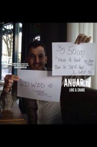 In the picture; Anuar op weg naar 50.000 likes » Door: Fleur Been -