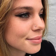 #mulpix Healed Nostril Piercing by @101bradlee  14k Rose Gold Mini Kandy from @bvla On the Lovely @kennice.c