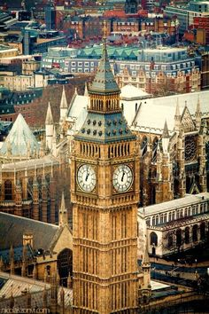 London is so beautiful. I swear, you can see Big Ben no matter where you are in the city.