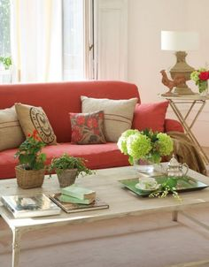 1000 images about country cottage living room on - Cojines para sofa blanco piel ...