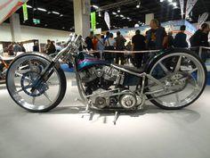 custom moto