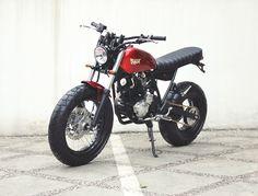 1.bp.blogspot.com -QcnhwU6wyA4 UdR6w9yQRfI AAAAAAAAusU jLHPlWehuM4 s1009 Yamaha+Scorpio+The+Red+Tracker+by+Studio+Motor+02.jpg