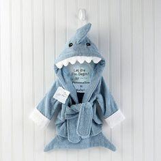 Baby Aspen 'Let the Fun Begin' Terry Shark Robe - Sea Blue Months) - Aspen Brands 1010054 - Top Baby Gifts - FAO Schwarz® - love it! Baby as cute little shark! Baby Hai, Baby Baden, Boy Bath, Kids Bath, Baby Bath Time, Blue Shark, Shark Fish, Unique Baby Gifts, Personalized Baby