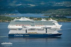 Regal and Color Line Vera Cruz, Color Lines, Cruise, Ship, Mountains, Nature, Travel, Naturaleza, Viajes