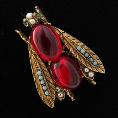 VINTAGE SIGNED ART RED GLASS PEARL GOLD TONE BEE BUG BROOCH PIN