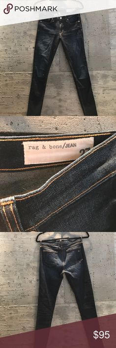 RAG & BONE Skinny Jean Kensington Wash 27 - RAG & BONE  - Skinny jean - Stretch denim 98/2 Cotton/polyester - Kensington wash  - One little hole at right knee, show in closeup in photo - Mid-rise  - NO TRADES rag & bone Pants Skinny