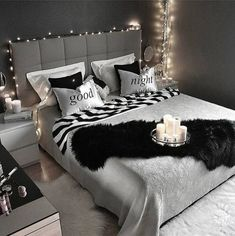 The post appeared first on Sovrum Diy. Cute Bedroom Ideas, Cute Room Decor, Girl Bedroom Designs, Room Ideas Bedroom, Small Room Bedroom, Home Decor Bedroom, Glam Bedroom, Diy Bedroom, Dream Rooms