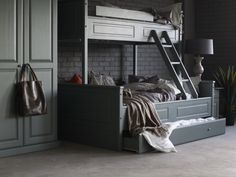 no Elvegård familiekøye - Møbelringen Mountain Cottage, Kids Corner, Bunk Beds, Entryway, Cabin, Bedroom, Decor Ideas, Furniture, Home Decor