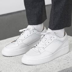 HBXさんはInstagramを利用しています:「Item #212303 Wardrobe Essential @etqamsterdam's White Low Top 3 Sneakers. Made from calf leather sneakers with tonal leather trims, front lace-up closure, rubber cupsole unit, and full calf leather lining and insole. Cop this at HBX.com.」