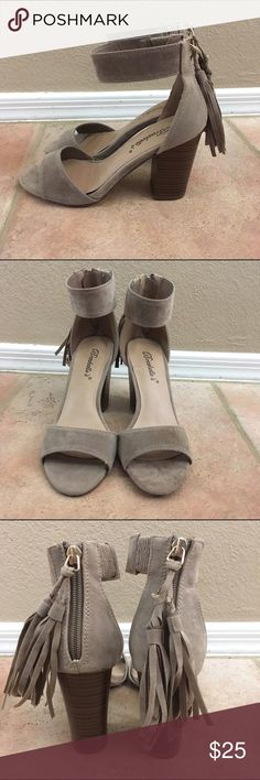Faux suede heels Brand new never worn faux suede heels with zipper on the back WINDSOR Shoes Heels