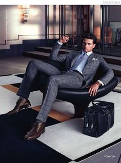 TOM WARREN MODELS SHARP SHOES FOR TOD'S FALL/WINTER 2014 AD CAMPAIGN