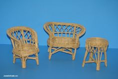 Wicker barbie furniture/ I owned this exact set ah lizardz and the Florida dayez...Mwah ha ha now for the Holly Hobbie tea party set...
