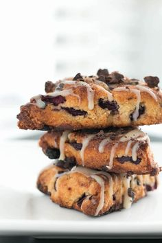 Looking for a great recipe to savor the last drop of summer? Try these Chocolate Cherry Scones from Priscilla Chamessian. Gluten Free Chocolate, Chocolate Recipes, Cherry Scones, Low Carb Recipes, Cooking Recipes, Best Sweets, Chocolate Cherry, Summer Fruit, Dessert Recipes