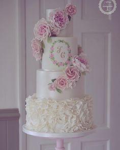 Die 533 Besten Bilder Von Cotton Crumbs Wedding Cake Designs