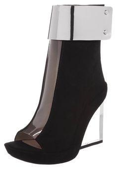 cf3e2b415f47  JeffreyCampbell  beauties  Zalando loves high  heels Fall Handbags, Wedge  Boots,