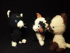 gattini amigurumi  nero e bianco - siamese - tricolore calicò - crocheted kittens