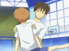 lovely complex<<<You:There's Me!Me:Where?!You:...Me:?!You:The Brown Haired Dude Obviously!Me:Yah I'm Probably Otani Getting Hit In The Face With The Basketball!!!:) ((Forgot Brown Haired Dudes Name!Comic Kinda Thing Created By: Simone Dantin)))