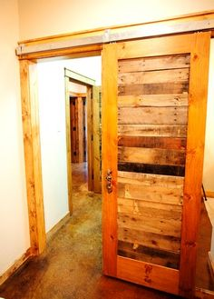 2,410 pallet Home Design Photos