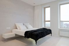 Witte minimalistische slaapkamer in Moskou   Slaapkamer ideeën