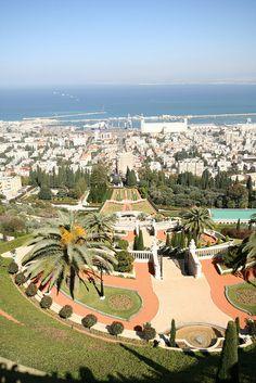 Haifa, Israel Places Around The World, Around The Worlds, Places To Travel, Places To Go, Naher Osten, Haifa Israel, Beautiful Places To Visit, Amazing Places, Israel Palestine