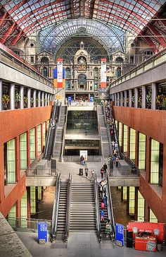 Antwerpen Central Station. HDR