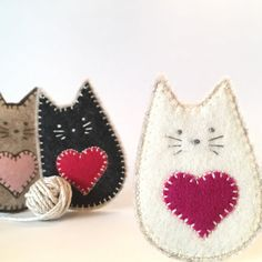 Tiny and oh-so adorable, these kitties will ❤️ you unconditionally! Made from wool felt and embroidered with cotton thread, my kitty brooches make a sweet little gift for Valentines or any other occasion. Available in 7 different coats, this listing is for an IVORY kitty, plus you can