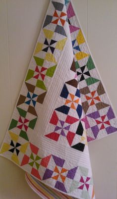Double pinwheel baby quilt Eleanore Burns Quilt in by SistersNagy, $90.00