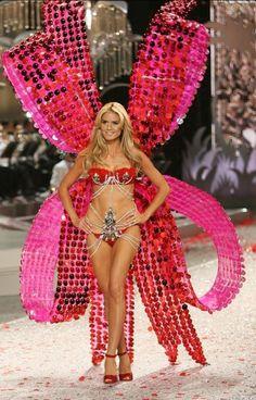 226cf55c8f Victoria s Secret..Gorgeous Victoria Ssecret