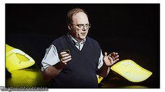 """O dilema ético dos bebês projetados  Criar pessoas geneticamente modificadas já não é fantasia de ficção científica; isso já é um provável cenário futuro. O biólogo Paul Knoepler estima que daqui a 15 anos os cientistas usarão a tecnologia de modificação de genes CRISPR para fazer algumas """"atualizações"""" nos embriões humanos alterando a aparência física para eliminar o risco de doenças autoimunes. Nesta palestra provocadora Knoepfler nos prepara para a revolução dos bebês projetados que está…"""