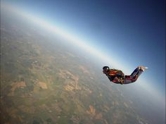 AFF level 7 pic fron Hinton Skydiving Centre - A-level skydiver now going for B-licence and FF in 2013!    http://www.skydive.co.uk