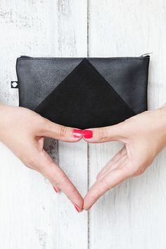 Leder Portemonnaie, schwarz // black simple leather purse via DaWanda.com