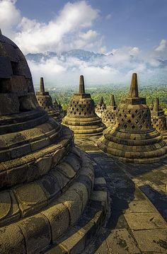 Borobudur, a century Buddhist temple on Java, Indonesia Laos, Jakarta, Beautiful World, Beautiful Places, Simply Beautiful, Amazing Places, Places To Travel, Places To See, Vietnam
